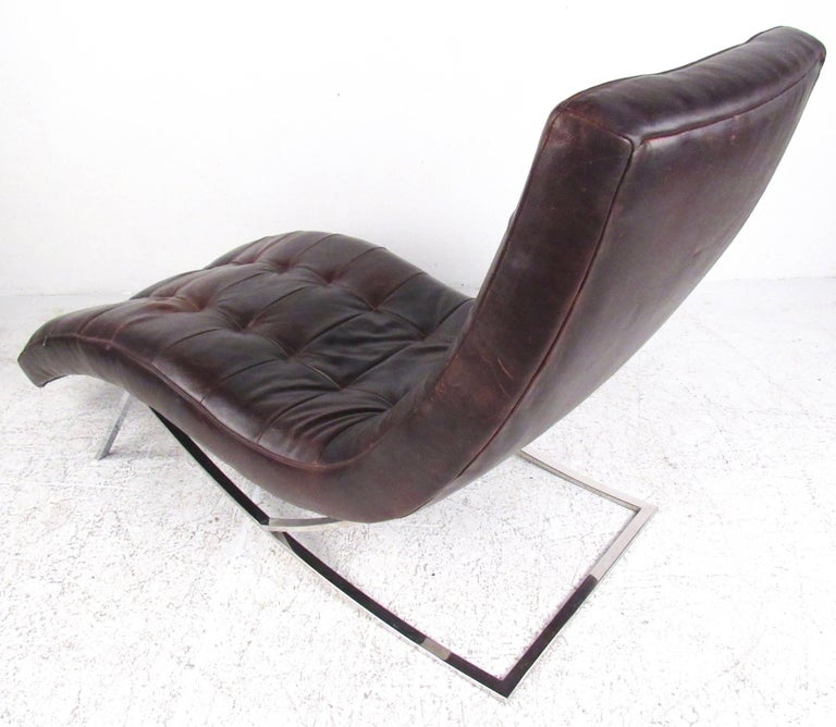 Modern chaise longue chair in brown leather for sale at 1stdibs - Modern leather chaise longue ...
