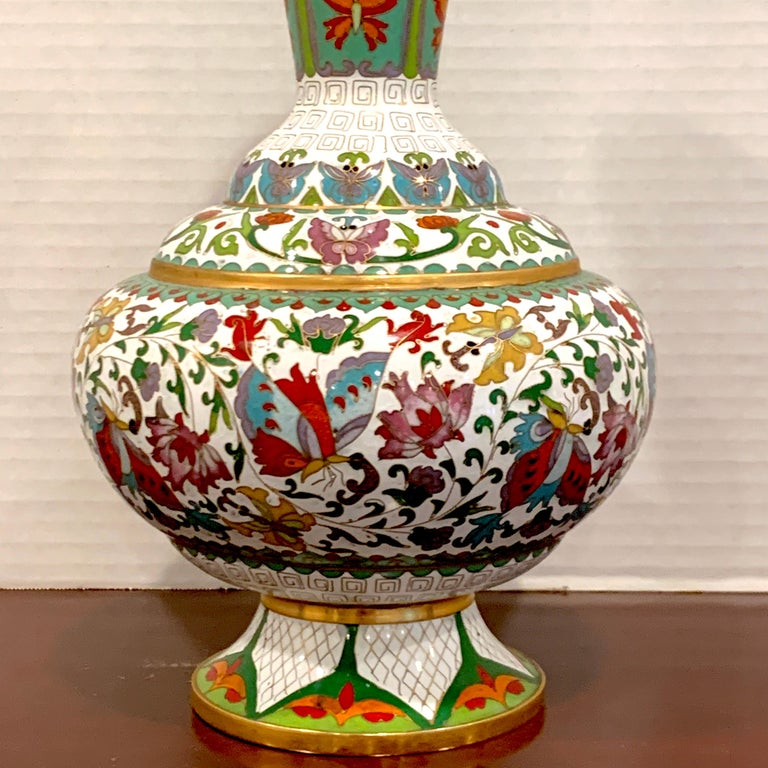 Chinese Export Modern Chinese Cloisonné Vase, White Background and Butterflies For Sale