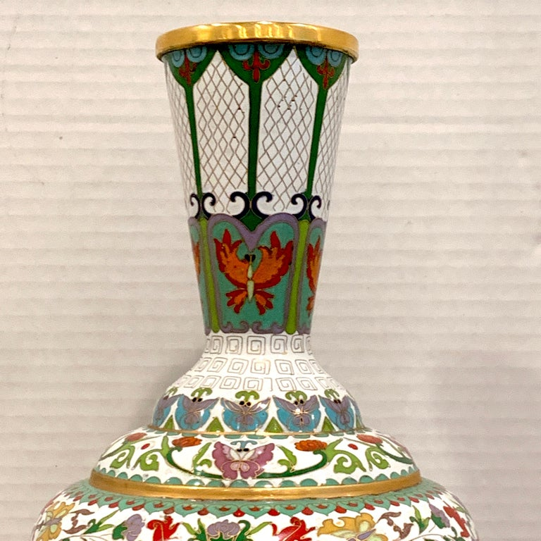 Cloissoné Modern Chinese Cloisonné Vase, White Background and Butterflies For Sale
