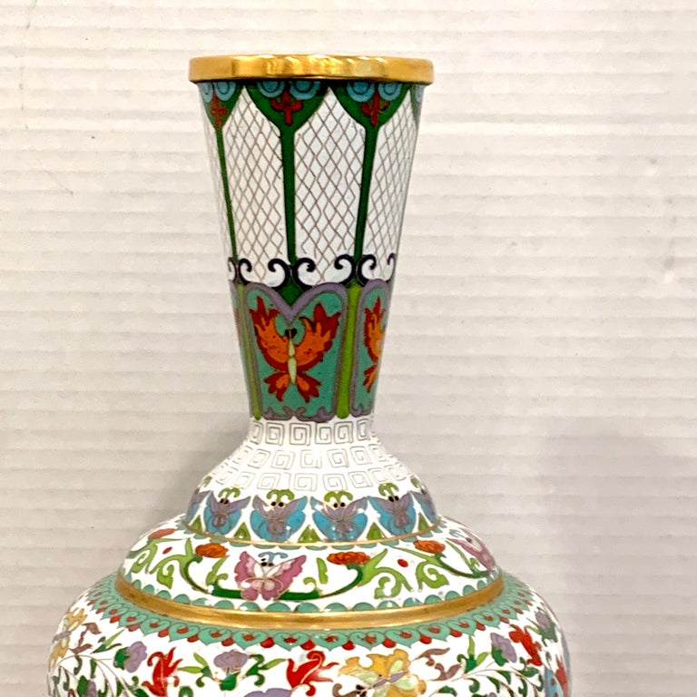 20th Century Modern Chinese Cloisonné Vase, White Background and Butterflies For Sale