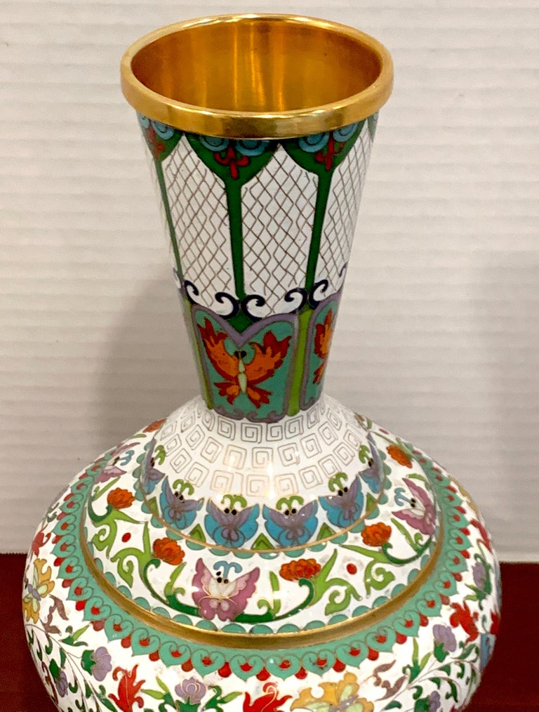 Modern Chinese Cloisonné Vase, White Background and Butterflies For Sale 1