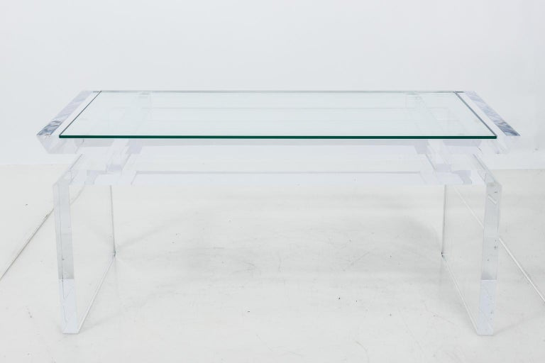 Modern Chinoise Lucite Cocktail Table, circa 1970s In Good Condition For Sale In Stamford, CT