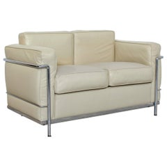 Modern Contemporary Le Corbusier Cream Leather and Chrome Loveseat Sofa Italy