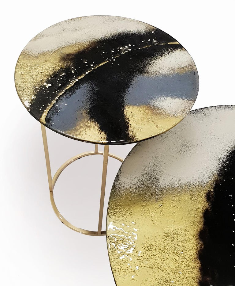 Polish Modern Contemporary Round Coffee Tables Murano Glass in Gold, Black and Grey For Sale