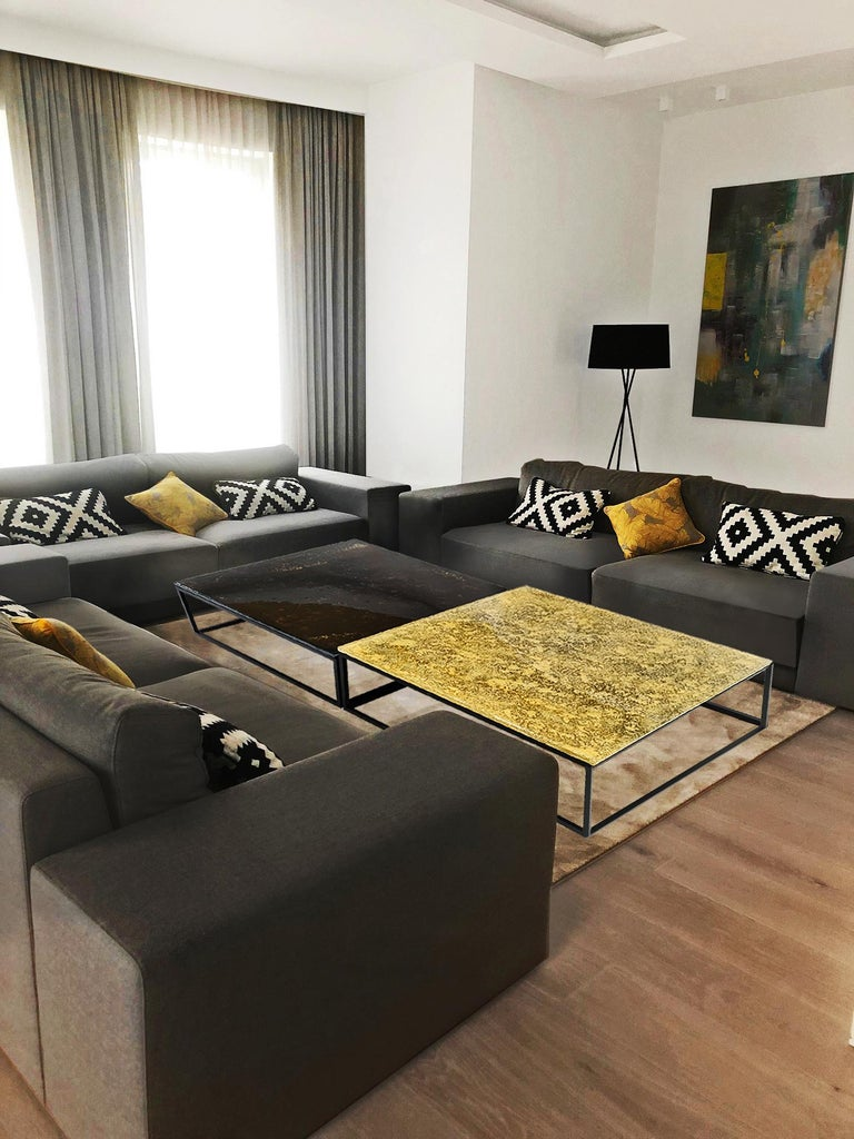 Hand-Crafted Modern Contemporary Square Coffee Tables Murano Glass in Gold, Black For Sale