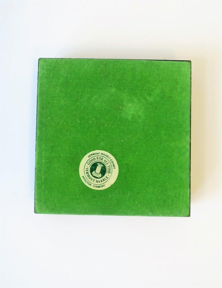 Modern Dark Green and White Marble Vessel or Vide-Poche, circa 1970s For Sale 3