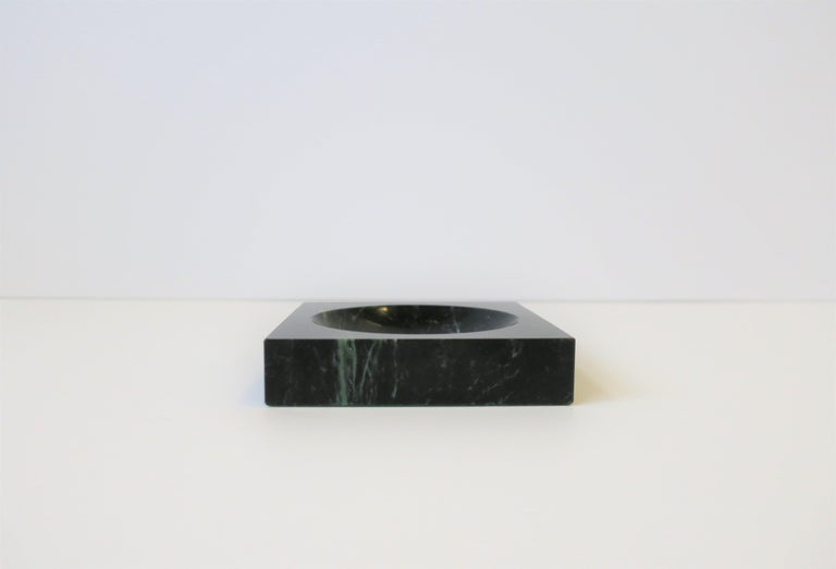 Polished Modern Dark Green and White Marble Vessel or Vide-Poche, circa 1970s For Sale