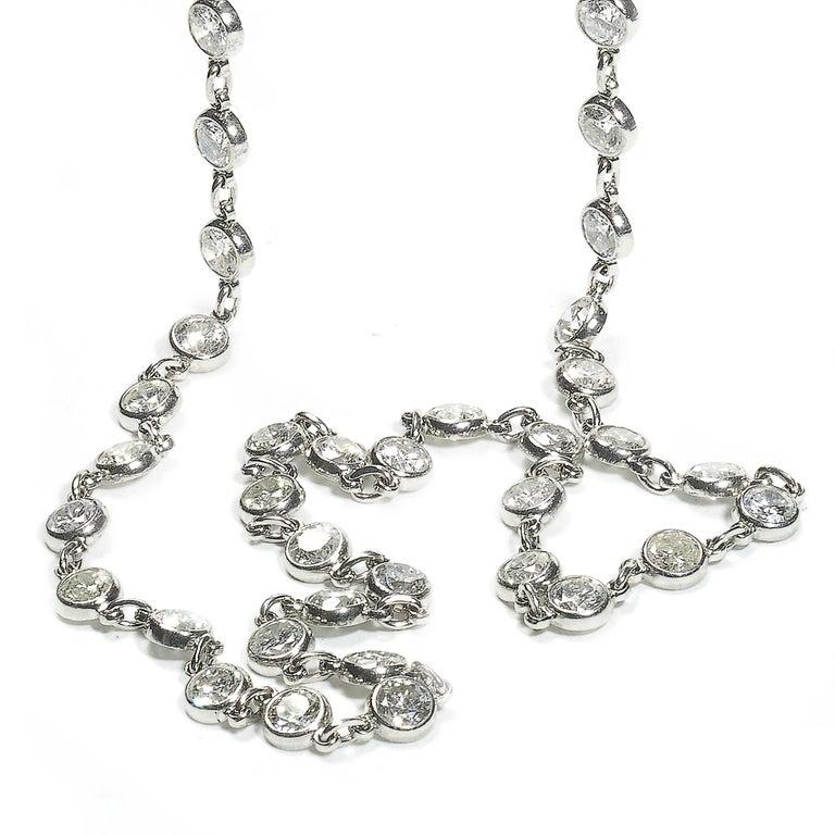 Modern Diamond and Platinum Chain Necklace, 7.77 Carat In New Condition For Sale In London, GB