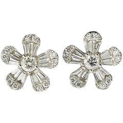 Modern Diamond and White Gold Flower Stud Earrings