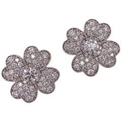 Modern Diamond Clover 18 Karat White Gold Earrings