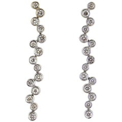 Modern Diamond Drop 18 Karat White Gold Earrings