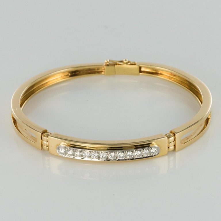 Modern Diamond Line Articulated Bangle Bracelet For Sale 10