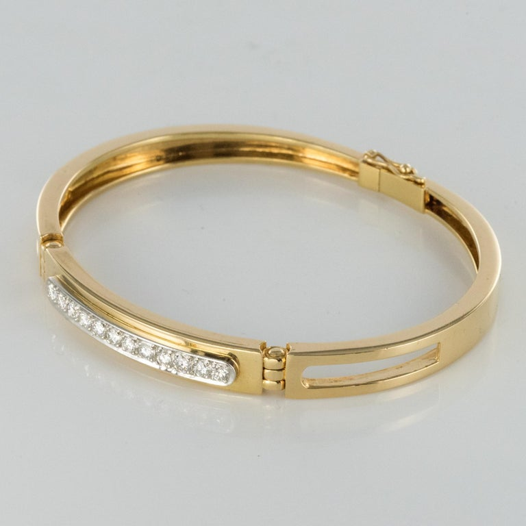 Modern Diamond Line Articulated Bangle Bracelet In Excellent Condition For Sale In Poitiers, FR