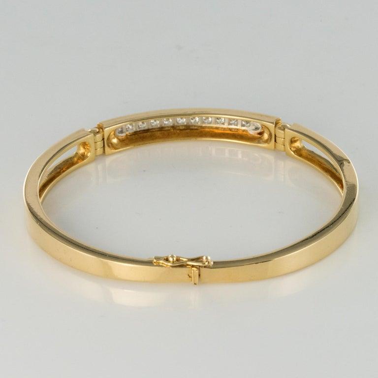 Modern Diamond Line Articulated Bangle Bracelet For Sale 1