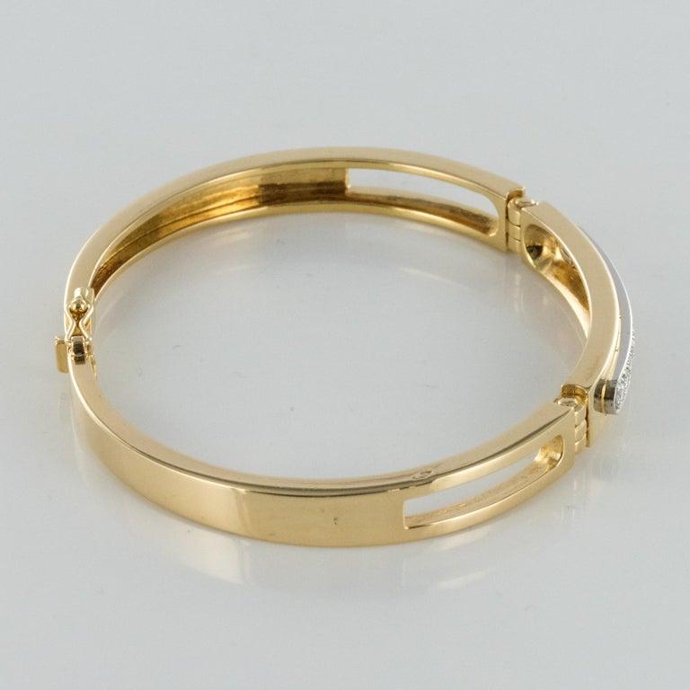 Modern Diamond Line Articulated Bangle Bracelet For Sale 2
