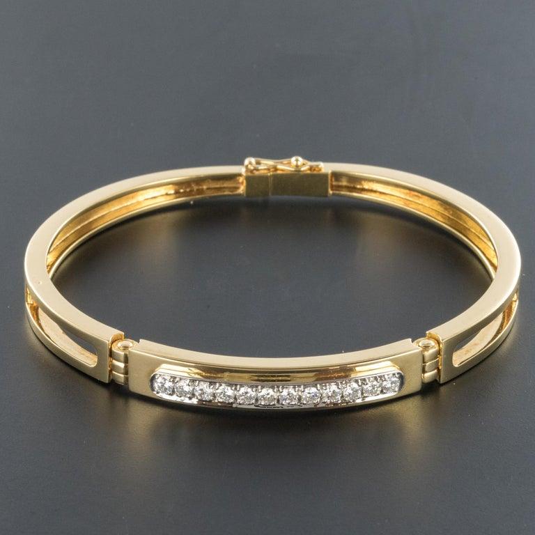 Modern Diamond Line Articulated Bangle Bracelet For Sale 3