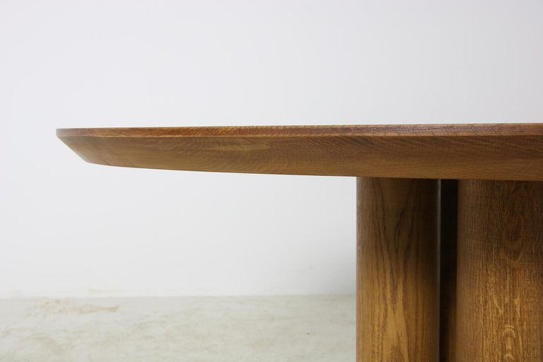 Modern Dining Room Oval Table Solid Oak, Contemporary Nathan Lindberg Pedestal C In Good Condition In Hamminkeln, DE