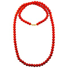Modern Drop Mediterranean Red Coral Yellow Gold Beaded Necklace
