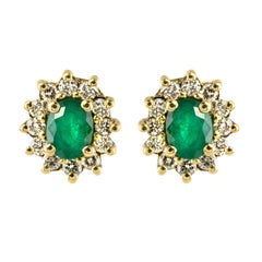 Modern Emerald Diamond 18 Karat Yellow Gold Daisy Earrings