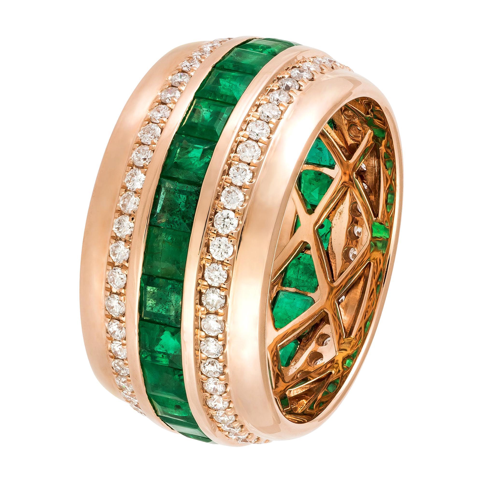 Modern Emerald Diamond Rose Gold 18K Band Ring for Her