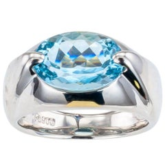 Modern Estate Aquamarine Platinum Ring