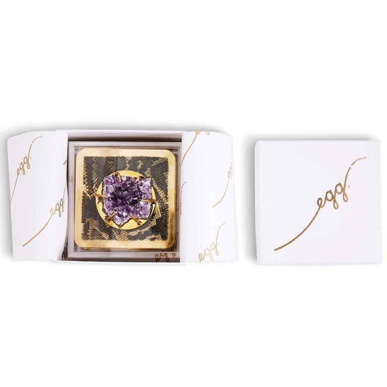 Modern Etched Brass Coaster Bar Set Presented in an Agate Decorated Lucite Box For Sale 4