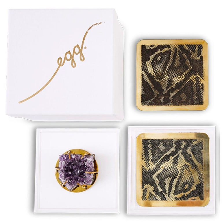 Contemporary Modern Etched Brass Coaster Bar Set Presented in an Agate Decorated Lucite Box For Sale