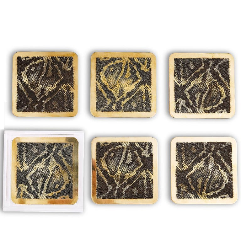 Quartz Modern Etched Brass Coaster Bar Set Presented in an Agate Decorated Lucite Box For Sale