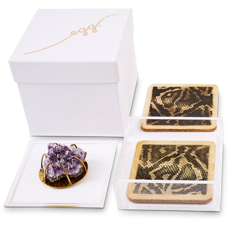 Modern Etched Brass Coaster Bar Set Presented in an Agate Decorated Lucite Box For Sale 2