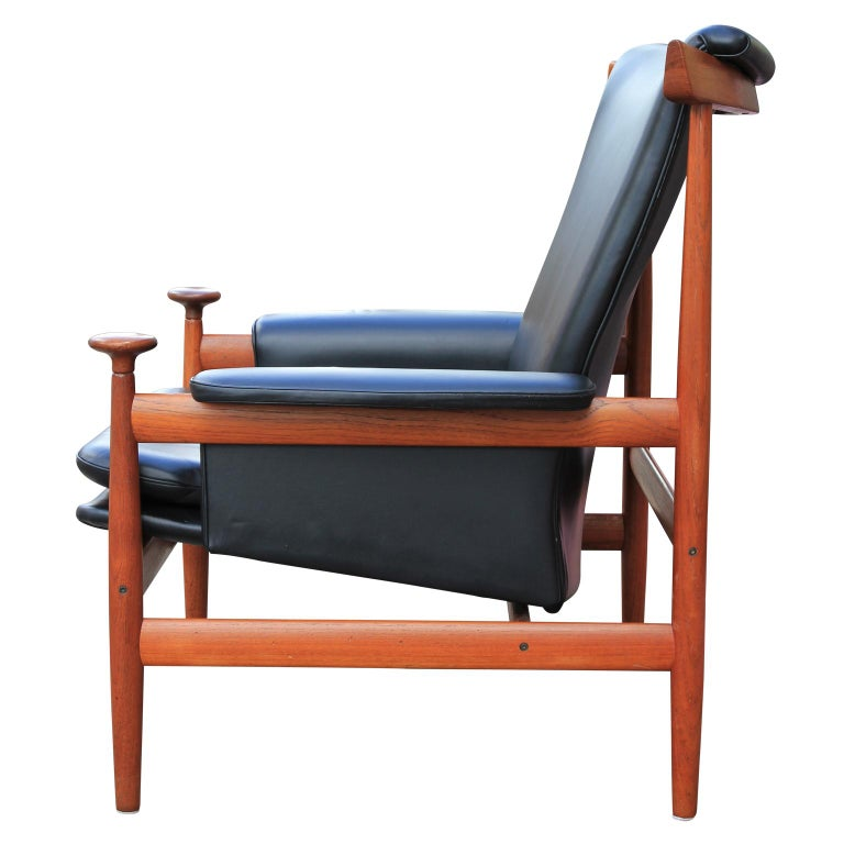 Danish Modern Finn Juhl for France & Sons Bwana Lounge Chair in Black Leather and Teak For Sale