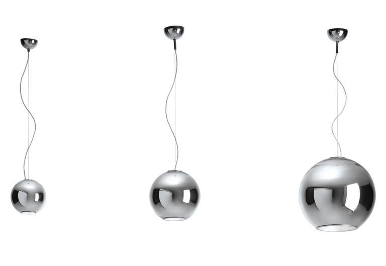 Modern Fontana Arte Globo di Luce Chrome Art Glass Pendant, Roberto Menghi, 1968 In Good Condition For Sale In Brooklyn, NY