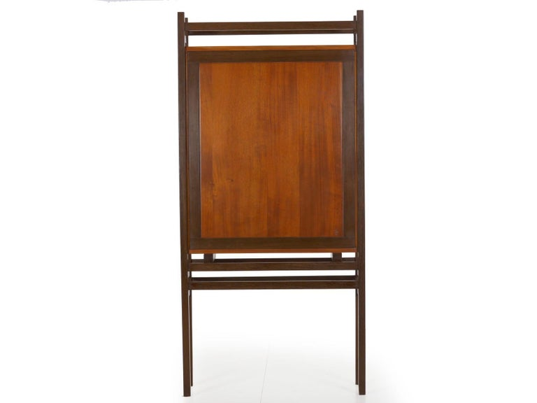 20th Century Modern Freestanding Dovetailed Mahogany and Ebony Bookcase Cabinet by John Hein For Sale