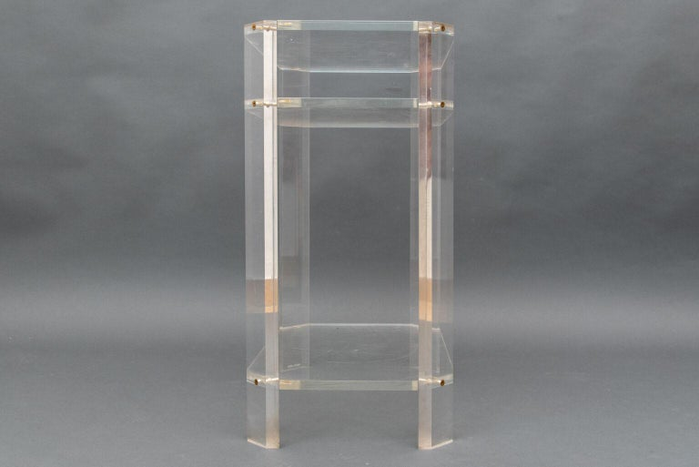France Lucite étagère by David Lange It has three shelves and feature a versatile style to fit beautifully in any room of the home.