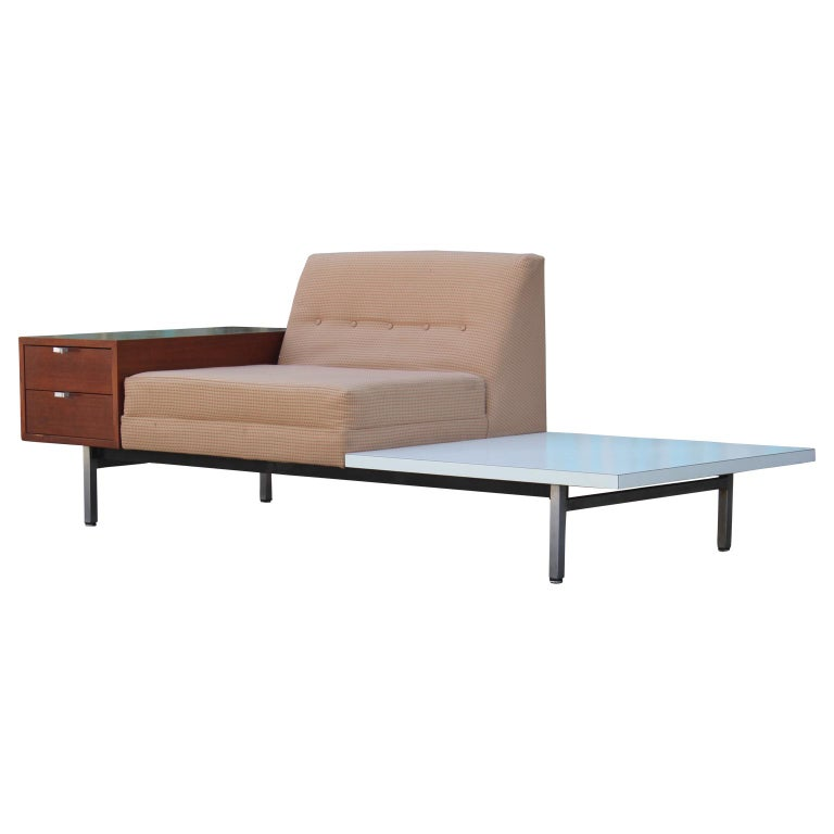 Modern George Nelson Herman Miller Modular Group Sofa with Side Table & Drawers In Excellent Condition For Sale In Houston, TX