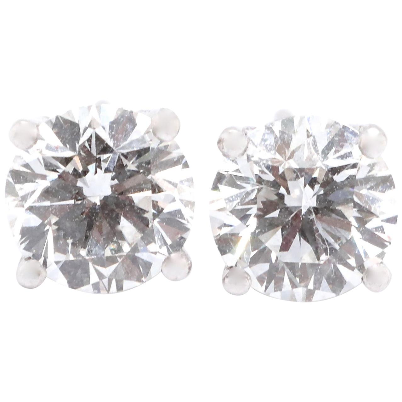 Modern GIA 1.42 Carat Round Brilliant Diamond 14 Karat Stud Earrings