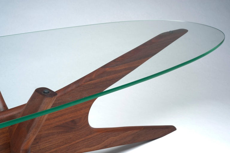 Vintage Modern Glass Abstract Sculpture Coffee Table by Adrian Pearsall For Sale 4