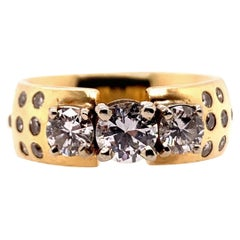 Modern Gold 1.40 Carat Natural Round Diamond Gem Stone Cocktail Engagement Ring