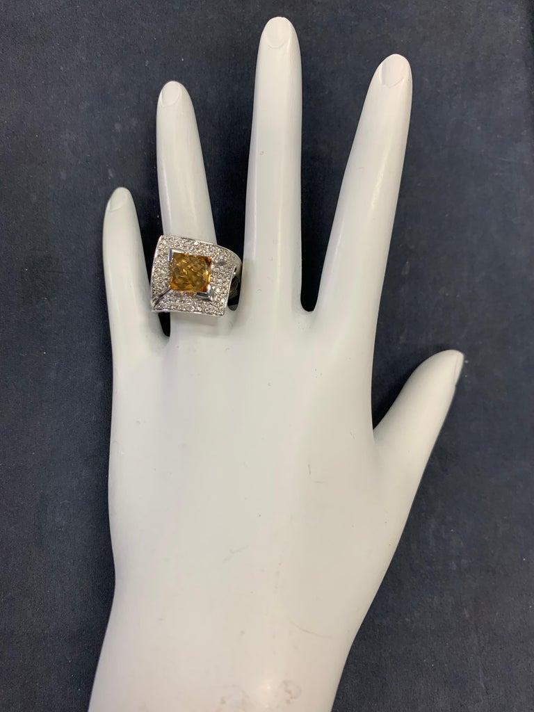 Radiant Cut Modern Gold 3.50 Carat Natural Square Citrine & Diamond Cocktail Ring Gem Stone For Sale
