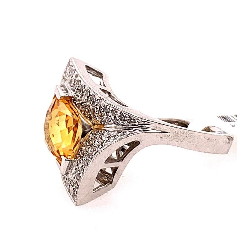 Women's Modern Gold 3.50 Carat Natural Square Citrine & Diamond Cocktail Ring Gem Stone For Sale