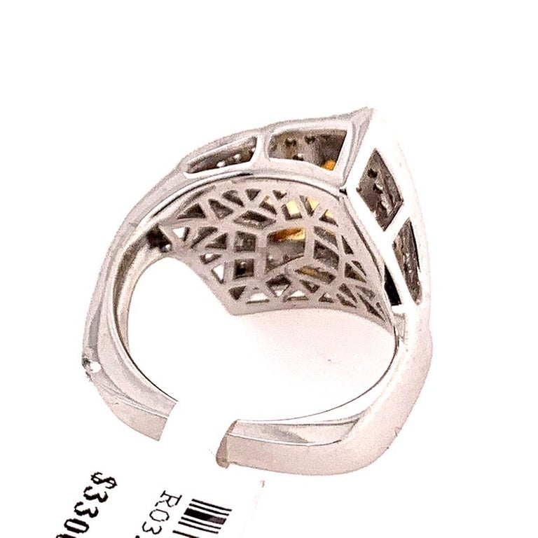 Modern Gold 3.50 Carat Natural Square Citrine & Diamond Cocktail Ring Gem Stone For Sale 2