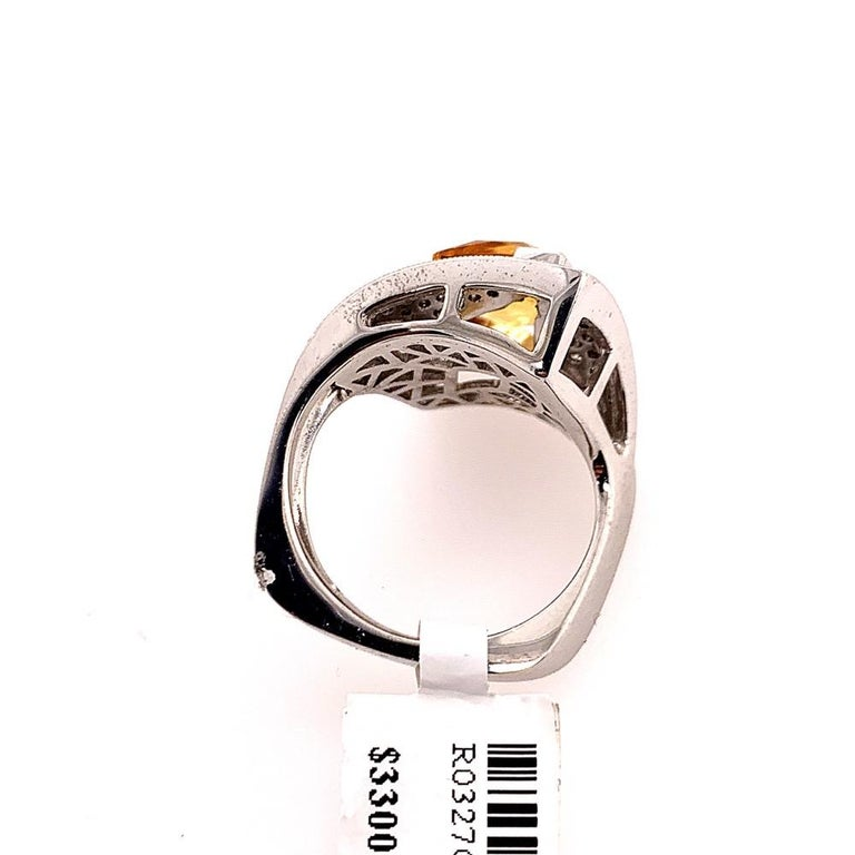 Modern Gold 3.50 Carat Natural Square Citrine & Diamond Cocktail Ring Gem Stone For Sale 3