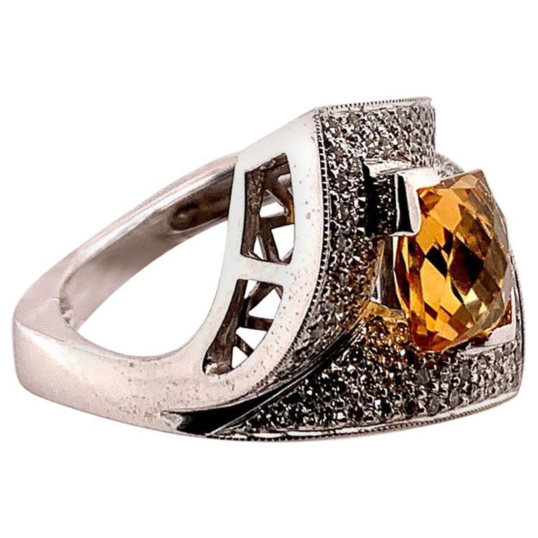 Modern Gold 3.50 Carat Natural Square Citrine & Diamond Cocktail Ring Gem Stone For Sale