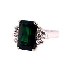 Modern Gold 4 Carat Natural Green Tourmaline Gemstone and Diamond Cocktail Ring