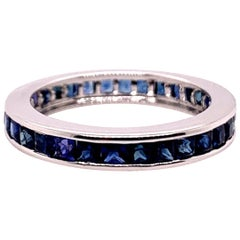Modern Gold Eternity Band 2.25 Carat Natural Blue Sapphire Cocktail Gem Ring