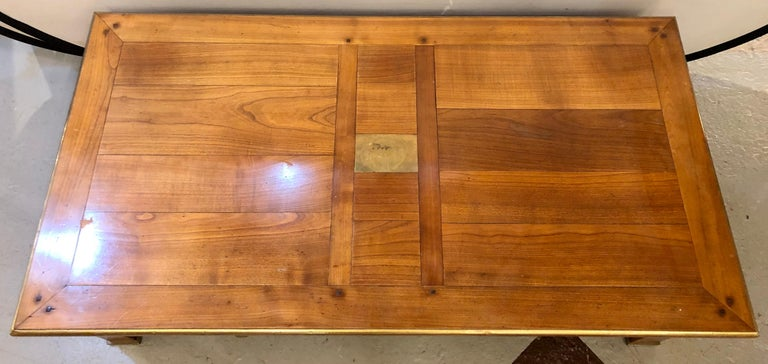 Modern Handmade Coffee Table, Dowel Construction with Opposing Drawers In Good Condition For Sale In Stamford, CT
