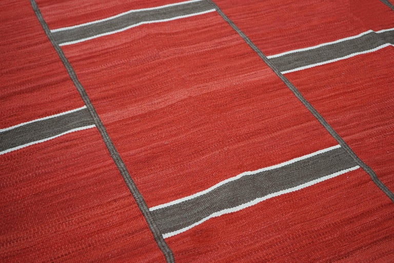 Modern handwoven red Kilim rug with Minimalist design Dimensions: 446 x 306 cm/ 14.6 x 10 ft.