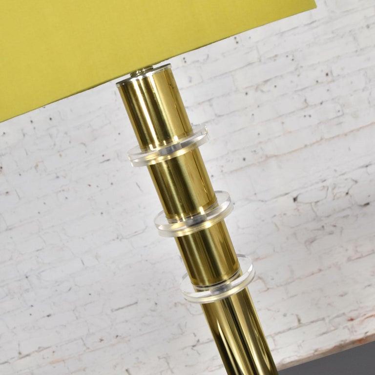 Modern Hollywood Regency Lucite & Brass Plate Lamps a Pair Style Karl Springer 9