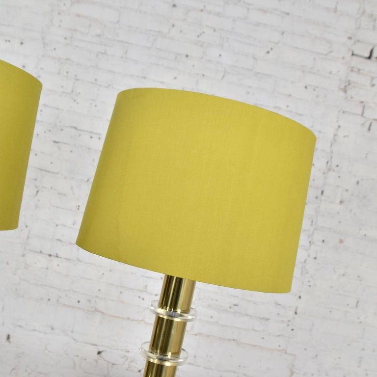 Late 20th Century Modern Hollywood Regency Lucite & Brass Plate Lamps a Pair Style Karl Springer