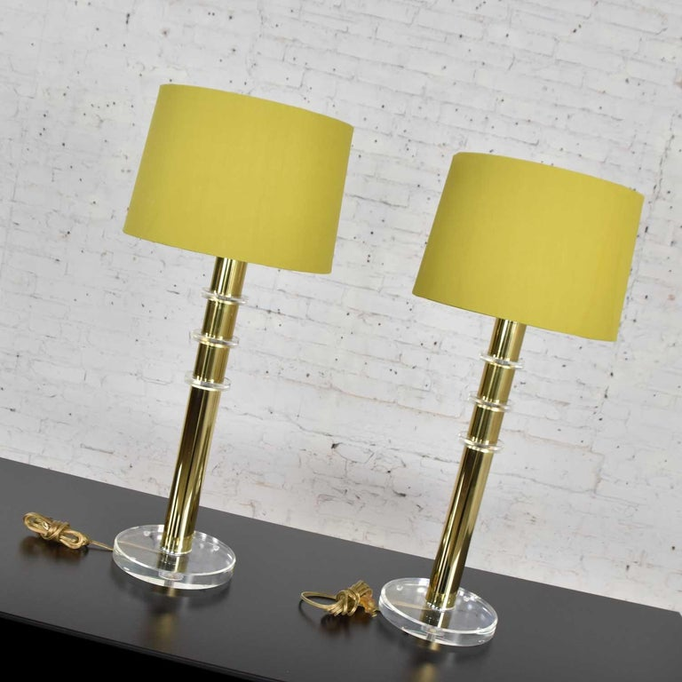 Modern Hollywood Regency Lucite & Brass Plate Lamps a Pair Style Karl Springer 2