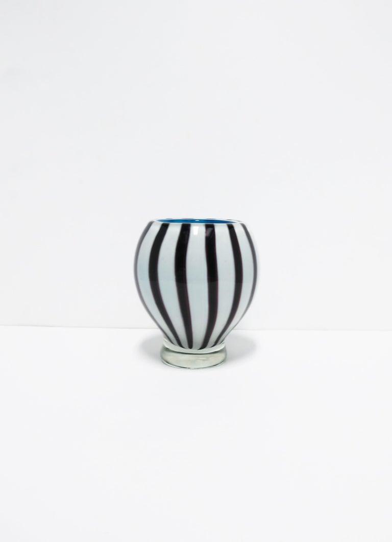 Murano Glass Black and White Modern Italian Murano Art Glass Vase For Sale